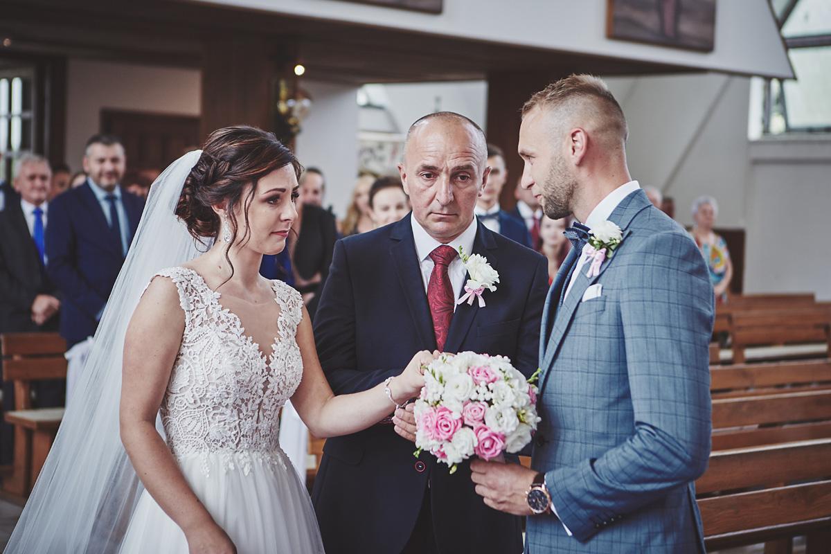 Skrót z reportażu ślubnego w Dworku Broniszówka 46