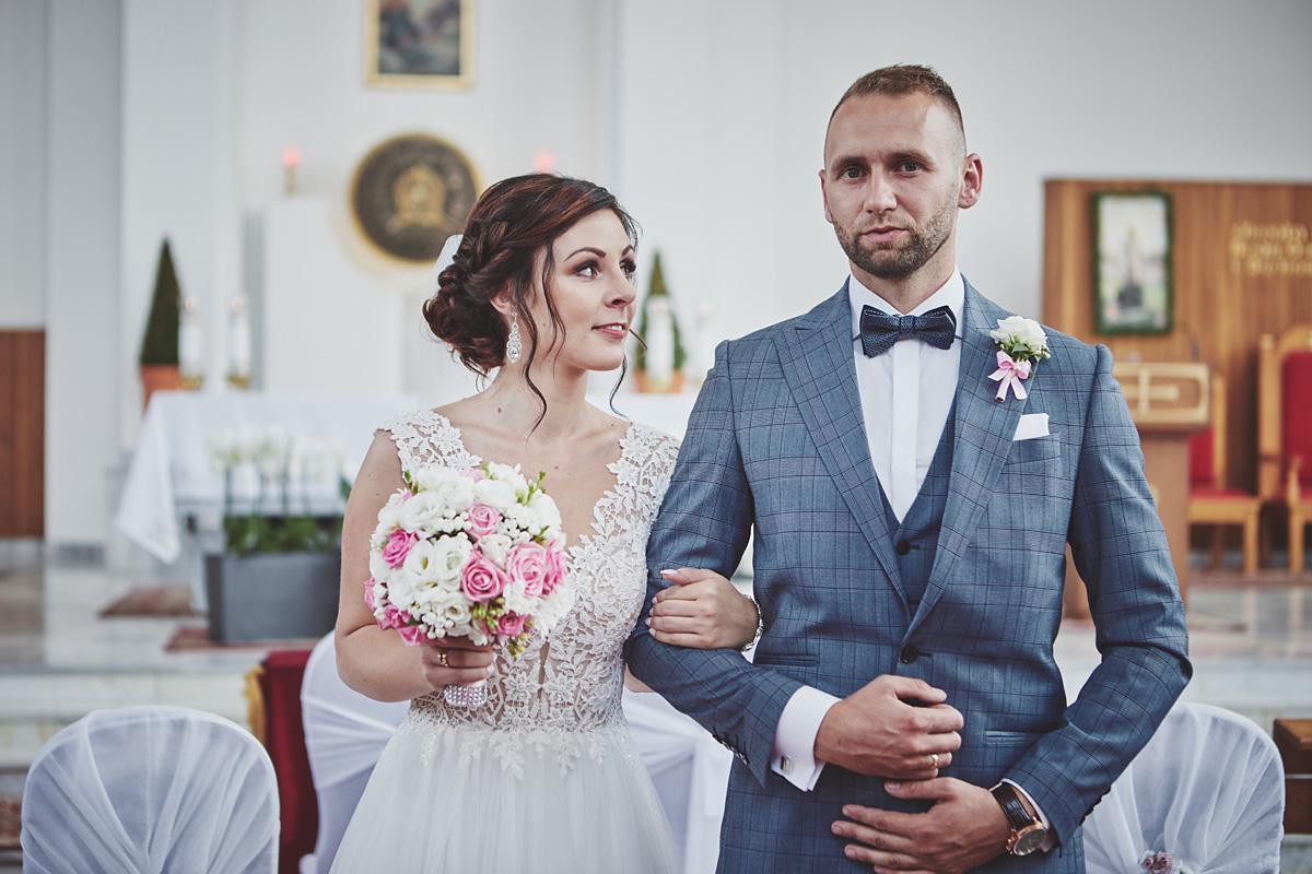 Skrót z reportażu ślubnego w Dworku Broniszówka 64