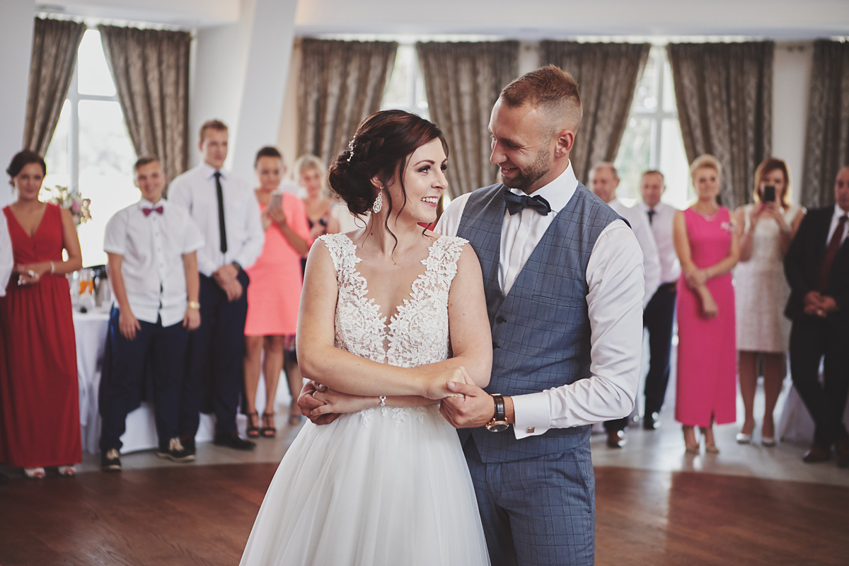 Skrót z reportażu ślubnego w Dworku Broniszówka 81