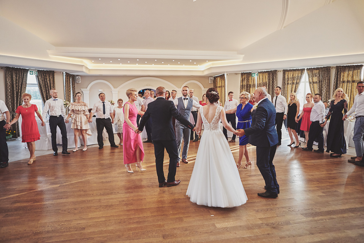 Skrót z reportażu ślubnego w Dworku Broniszówka 94