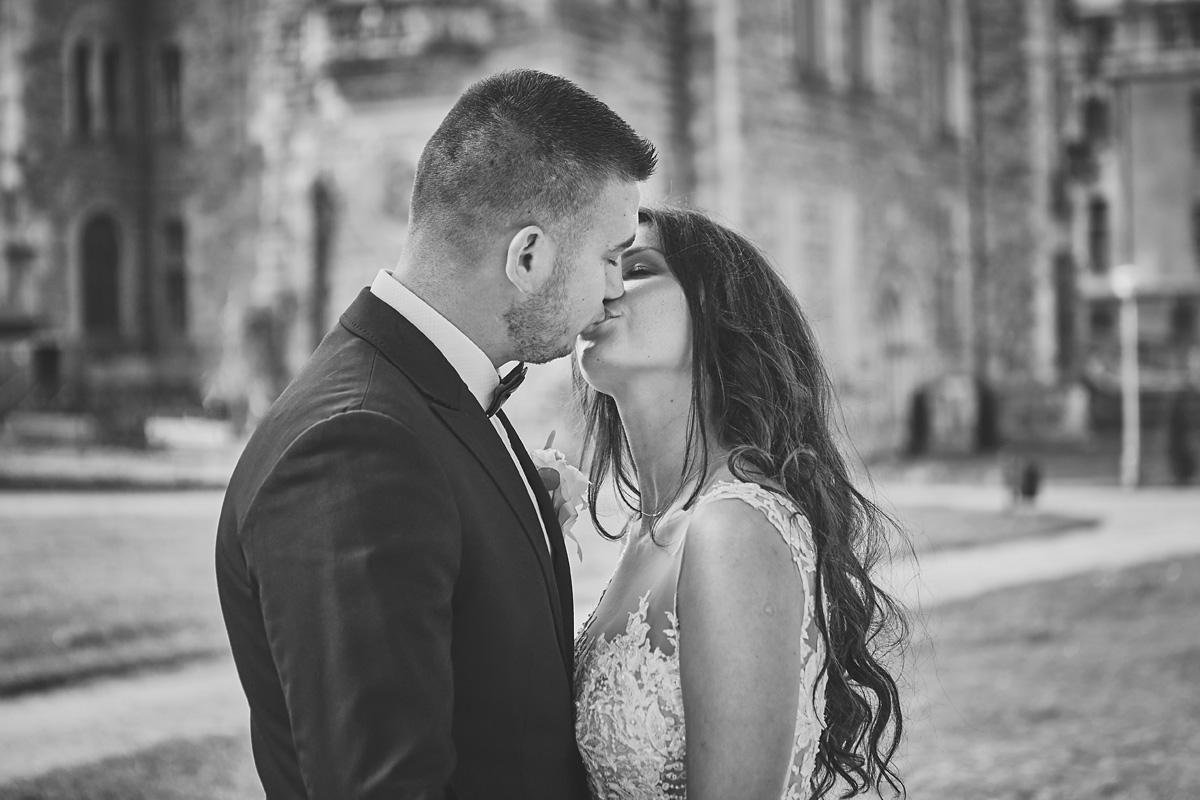 Plener ślubny na zamku w Mosznej 20